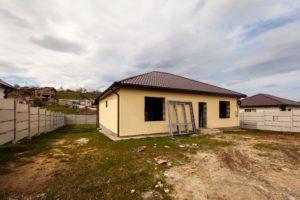 Новый дом в коттеджном поселке Симферополя